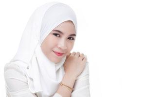 Warna Lipstik Wardah untuk Bibir Hitam dan Tebal